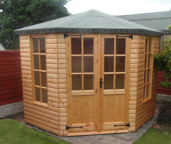 7x7 wooden summer house